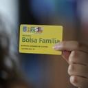 Fila do Bolsa Família atinge mais de 2 milhões de pessoas