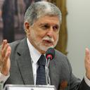 """""""Democracia na África avança"""", diz ex-ministro Celso Amorim"""