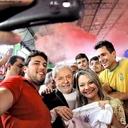 Lula a jovens: dizem que o PT acabou, vamos fazer uma pequena surpresa para eles