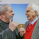 Lula recebe a visita do diplomata Samuel Pinheiro