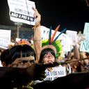 Governo negocia fragilizar direitos indígenas