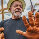 Em Valadares, Lula ouve vítimas da tragédia do rio Doce