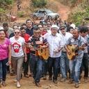 'Repórter Lula' interage com agricultores
