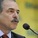 Mercadante: Temer destrói a ciência e compromete o futuro do Brasil