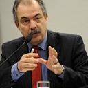 Ministro da Educação agride a universidade como no tempo da ditadura