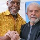Embaixador da ONU, Danny Glover visita Instituto Lula