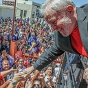 Aclamado na Unipampa, Lula enaltece educação