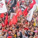 """""""Ricos não se acostumam com a democracia"""""""