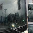 Criminosos atacam vidro de ônibus que leva Lula; policiais de SC riem