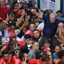 """""""A morte de um combatente não para uma revolução"""", diz Lula em ato no ABC"""