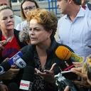 'Lula não pode estar condenado à solitária', diz Dilma