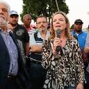 Lula pede criação de grupo para discutir questão da moradia no país