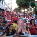 Trabalhadores criticam Judiciário em atos pró Lula