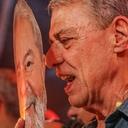 Música e poesia são as armas para lutar pela liberdade de Lula