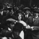 Mulheres por democracia na história: A luta das sufragistas