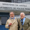 """Mino Carta e Fernando Morais, após visita: """"Lula está bem e animado com a possibilidade de Haddad ganhar as eleições"""""""