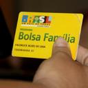 Autor da pesquisa sobre Bolsa Família desmente Jair Bolsonaro