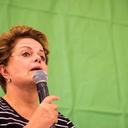 ʽNinguém respeita quem se coloca de joelhos', diz Dilma