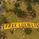 Coral Mil Vozes por Lula emociona com ato na Serra do Curral