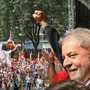 Policiais e bombeiros divulgam nota pela liberdade de Lula