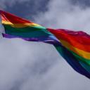 Equador reconhece casamento homossexual