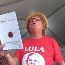 Autores publicam livro ʽAs cartas que Lula não recebeu'