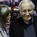Lula é o principal preso político do mundo, afirma Chomsky