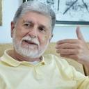 Comparar Lula a Bolsonaro é 'manobra pérfida', diz Amorim