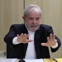 ʽÉ um governo de destruição', diz Lula sobre Bolsonaro