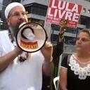 Lula recebe Pai Caetano e envia carta à Vigília Lula Livre