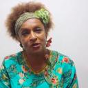 Lucinda repudia uso de sua poesia em condenação de Lula