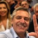 """Fernández destaca """"grandeza"""" de Lula e reafirma sua admiração"""