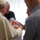 Papa Francisco vai receber Lula, diz presidente argentino