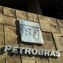 Podcast: Como fica a Petrobras na crise?