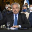 """Democracia é o """"único caminho"""", diz presidente argentino"""