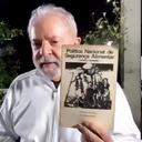 """""""Quem tem fome não pode esperar"""", diz Lula"""