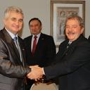 Lula se encontra com senadores tchecos