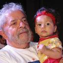 """""""Estão querendo comparar o governo do Lula de 2010 com o governo da Dilma de 2014, mas eles não devem ser comparados, porque são um projeto só"""", afirma Lula em MS"""